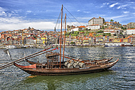 Portugal, Porto, Old town, River Duoro and Barcos Rabelos - DSG001122
