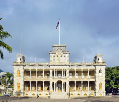 USA, Hawaii, Honolulu, Iolani Palace, National Historic Landmark - BR001285