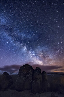 Milky way over ancient granite rocks - EPF000044