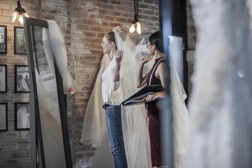 Wedding dress designer and bride to be - ZEF008637