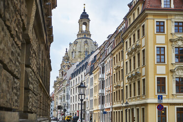 Germany, Dresden, old town, rehabilitated facades and Church of Our Lady in the background - BSCF000524