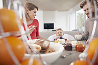 Family with son having breakfast - RHF001391
