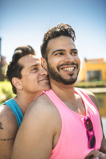 Gay couple in love - LEF000065