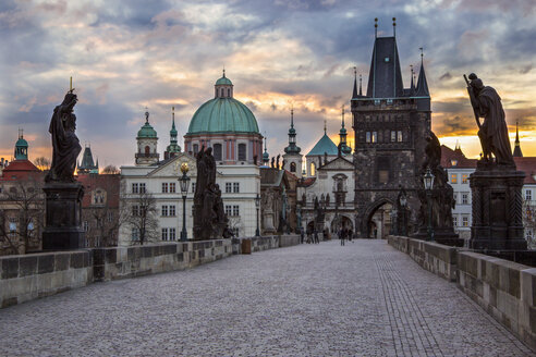 Czechia, Prague, Charles Bridge at sunrise - YRF000095