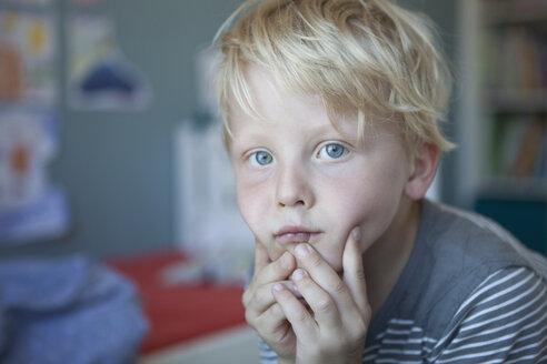 Portrait of pensive little boy - RBF004249