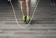Low section of skipping rope in fitness room - JASF000616
