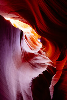 USA, Arizona, Page, Lower Antelope Canyon - GIOF000825