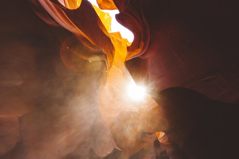 USA, Arizona, Page, Lower Antelope Canyon - GIOF000831