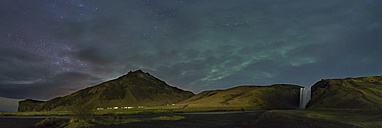 Iceland, Northern lights and milky way at cloudy night - EPF000065