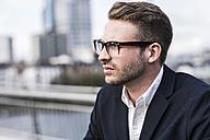 Young urban businessman, portrait - UUF006945
