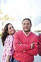Porttrait of happy couple - VABF000444