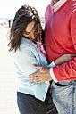 Hugging couple - VABF000447