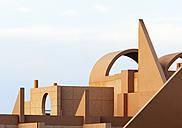 Spain, Canary Islands, Fuerteventura, Costa Calma, modern hotel - WW003979