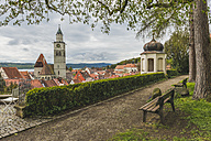 Germany, Baden-Wuerttemberg, Ueberlingen, View to St. Nicholas' Church - KEBF000379