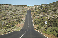 Spain, Tenerife, empty road in El Teide region - SIPF000377