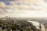 UK, London, cityscape with River Thames, Tower Bridge and Tower of London - BRF001310