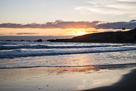 Spain, Tenerife, Sunrise at the ocean - SIPF000398