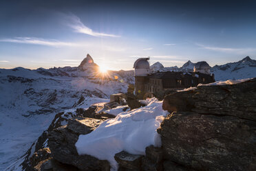 Switzerland, Zermatt, Gornergrat, Matterhorn Kulm Hotel at sunset - STCF000231