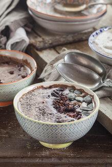 Garnished vegan and sugarfree smoothie bowl - SBDF002881
