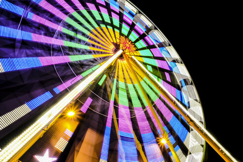 Turning colorful big wheel at night - HAMF000189