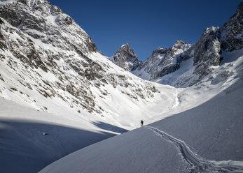 France, Isere, Les Deux Alps, Vallon du Selle, Off-Piste skiing - ALRF000443