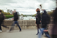 France, Paris, people walking on a bridge - ZEDF000138