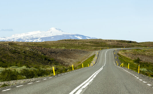 Iceland, empty road - JLRF000027