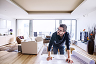 Architect working from home - HAPF000402