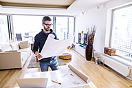 Architect working from home - HAPF000405