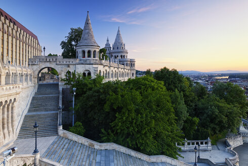 Hungary, Budapest, View to Fisherman's Bastion - GFF000603