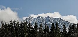 Germany, Bavaria, Mittenwald, Panoramic view of Karwendelspitze - KAF000150