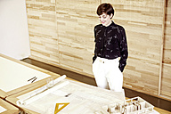 Architect in an office - TSFF000070