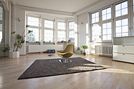 Home interior with carpet and chair - RBF004549