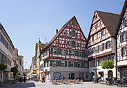Germany, Baden-Wuerttemberg, Riedlingen, Market square and town house - SIEF007024