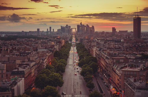 France, Paris, La Defense and cityscape at sunset - LCU000017