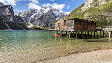 Italy, South Tyrol, Dolomites, Fanes-Sennes-Prags Nature Park, Lake Prags with Seekofel, boathouse - STSF001009