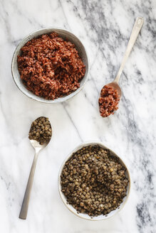 Bowls of boiled red rice andpuy lentils - EVGF002973