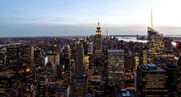 USA, New York, New York City, Manhattan, cityscape with Empire State Building - JLRF000048