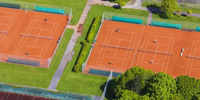 Two tennis courts seen from above - WD003612