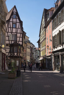 France, Colmar, view to Rue des Boulangers at the old town - EL001746