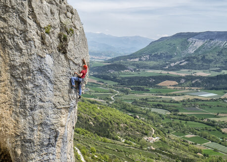 France, Orpierre, climber - ALRF000520