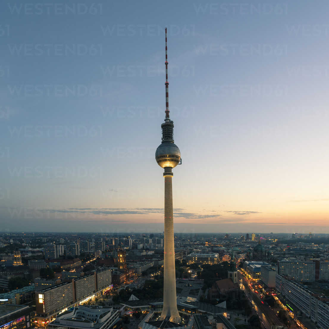 Germany, Berlin, view to television tower by sunset - TAMF000516 - A. Tamboly/Westend61
