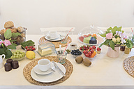 Laid breakfast table - MJF001853