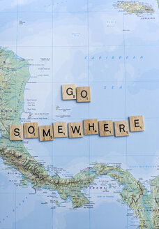 Map and letters go somewhere - GIS000221