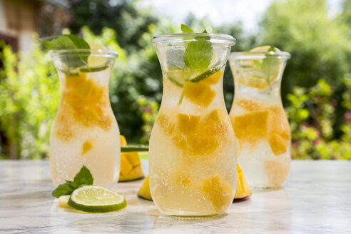 Fruit infused water with mango, lime and lemon - SARF002793