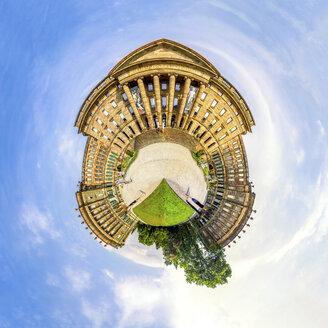 Germany, Kassel, Schloss Wilhelmshoehe, montage - PU000558