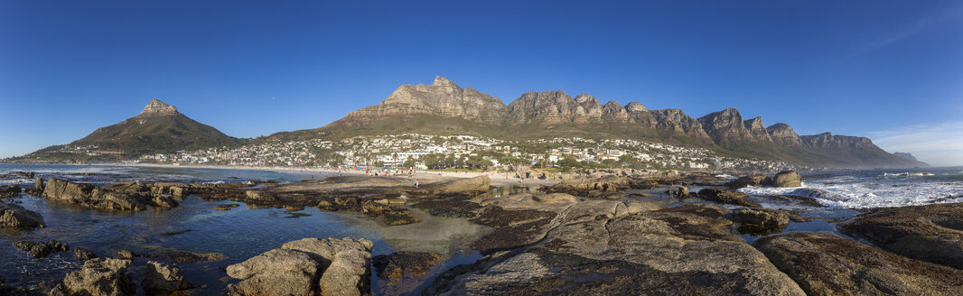 South Africa, Cape Town, Camps Bay, Lion's Head and 12 apostles - YRF000109