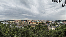 Czechia, Prague, Panorma of Prague under storm clouds, seen from Letna Park - MELF000126