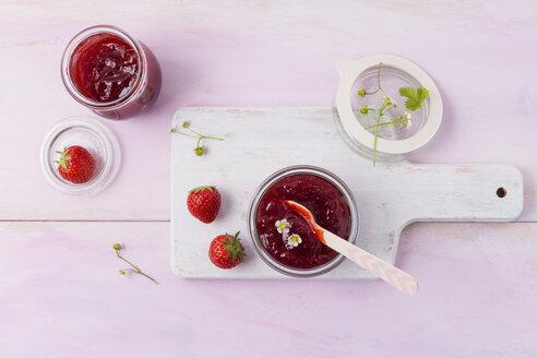 Strawberry jam, open glas - MYF001667