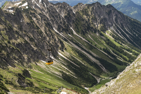 Germany, gondola of Nebelhorn Cable Car in the Allgaeu Alps near Oberstdorf - PC000255